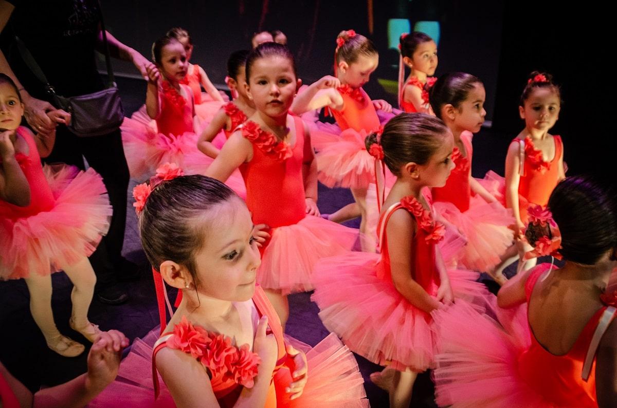 Festival 2019 - Esther Mortes Escuela de Danza